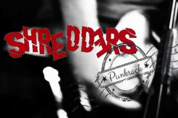 Hallo Leute, schaut doch mal bei der Band Shredders vorbei!