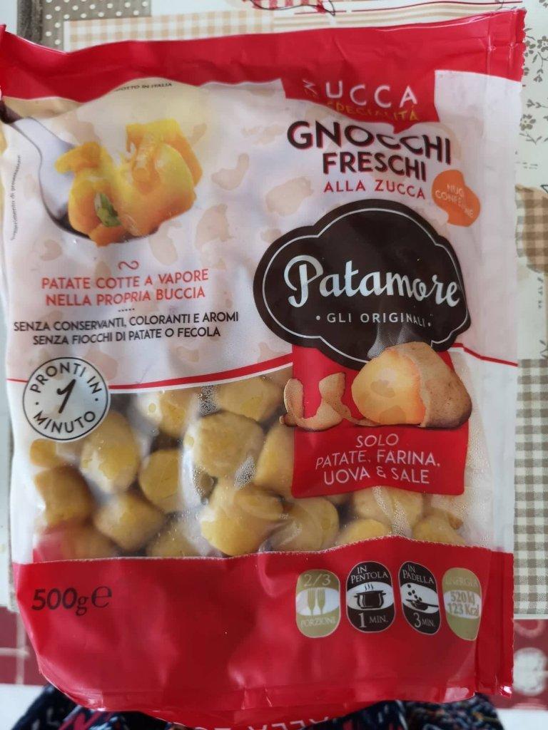 Gnocchi alla zucca con coulis di pomodoro ed olio al basilico