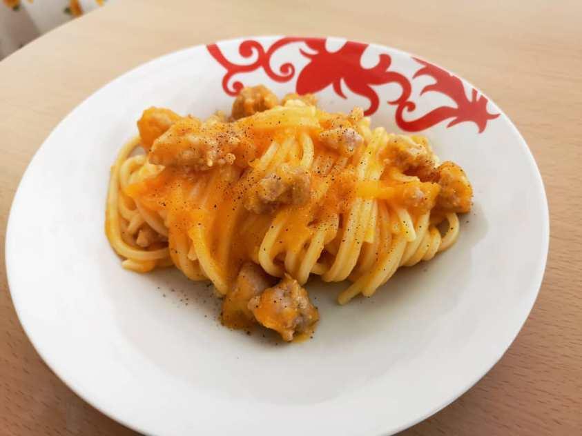 Spaghetti alla chitarra con zucca e salsiccia