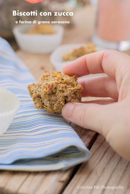 Biscotti con zucca e farina di grano saraceno