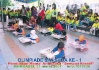 Mengerjakan Soal Olimpiade Sempoa Kreatif di Monkasel Maret 2007
