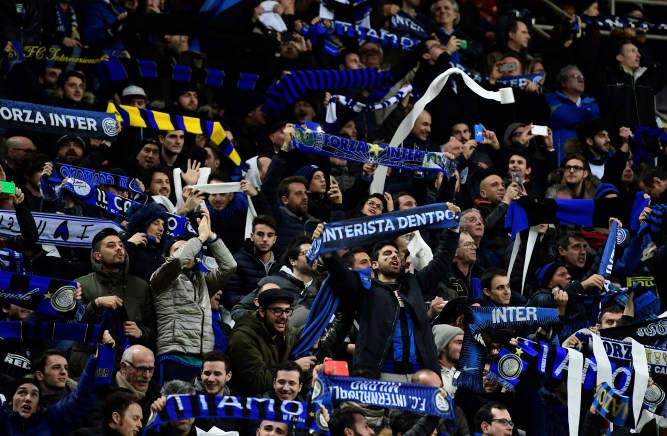 Video – Inter Fans Support Squad At Appiano Gentile Ahead Of Derby Against Juventus