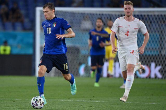 Photo - Inter Congratulate Nicolo Barella & Alessandro Bastoni On EURO 2020  Win