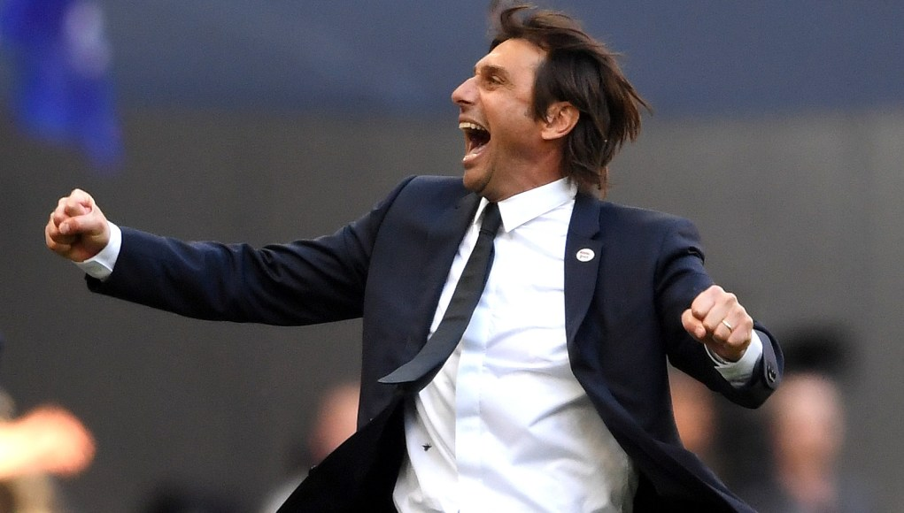 LONDON, ENGLAND - MAY 19: Antonio Conte, Manager of Chelsea celebrates his sides victory following The Emirates FA Cup Final between Chelsea and Manchester United at Wembley Stadium on May 19, 2018 in London, England. (Photo by Laurence Griffiths/Getty Images)