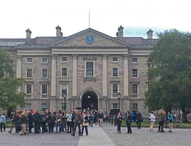 Ingresso del Trinity College in Irlanda