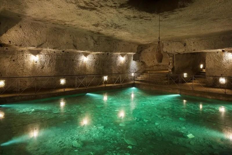 Cisterne della Napoli sotterranea