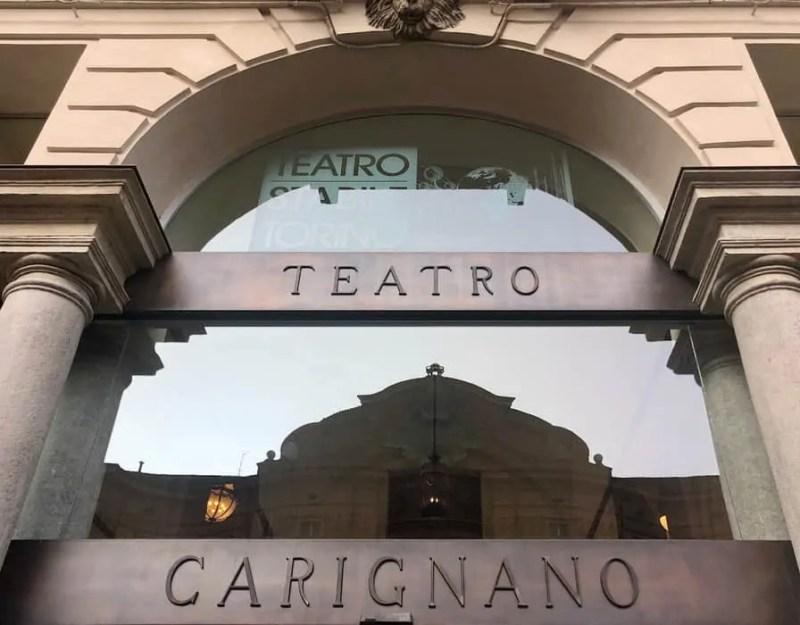 Ingresso del Teatro Carignano