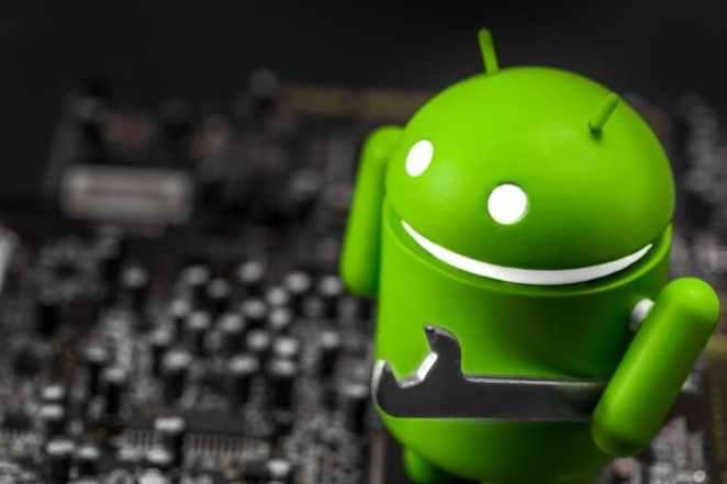 Google deveria exigir dois anos de atualizações para cada telefone Android