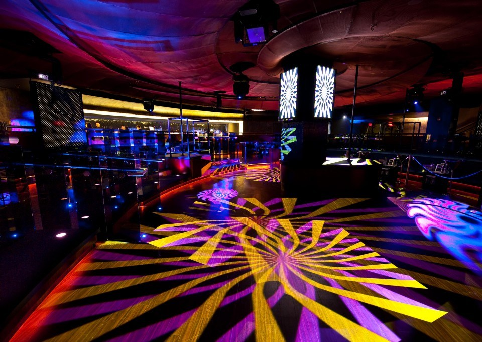 dusk-atlantic city - dj am i dance floor - lighting