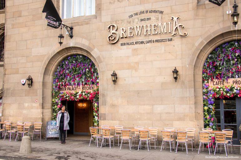 5 amazing things to do in Edinburgh, Cafes, The Royal Mile, Scotland, UK - Travel Blog 1