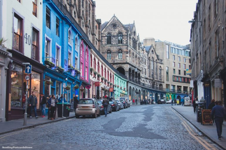 5 amazing things to do in Edinburgh, Victoria Street, Scotland, UK - Travel Blog 1