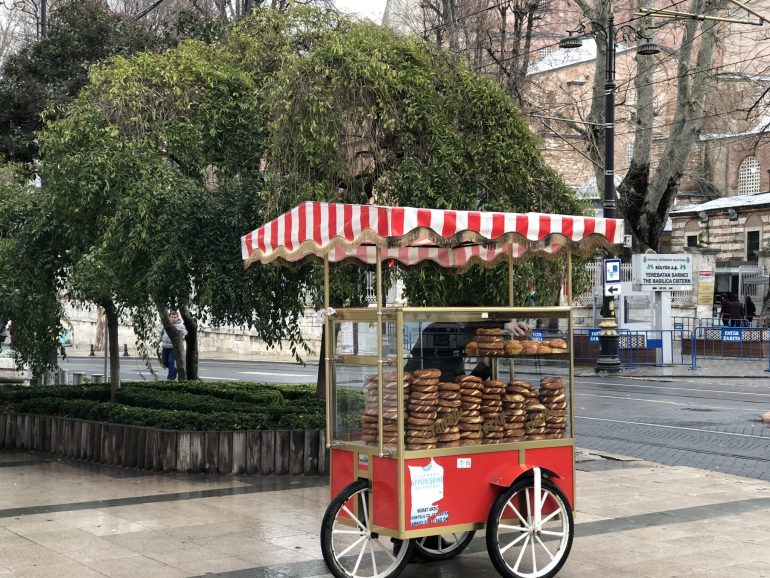15 amazing things to do in Istanbul - Street food