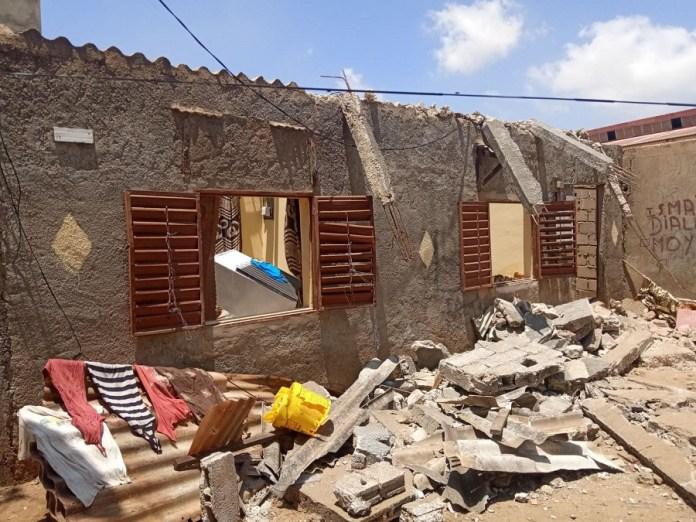 hann bel air mamadou guisse 9 - Yarakh (Hann village): Mamadou Guissé au chevet des impactés de la Ccis