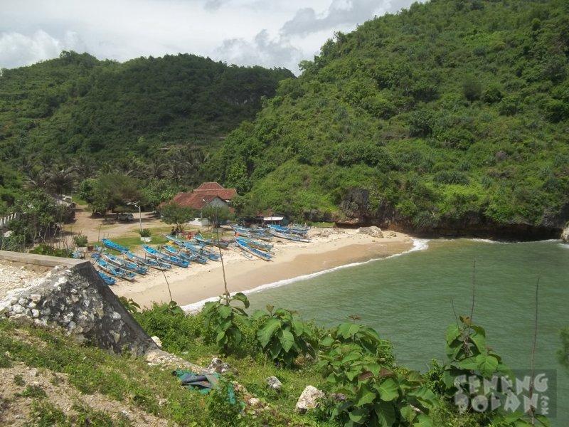 Pantai Gesing Gunungkidul