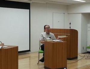 講演する加藤さん