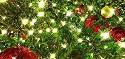 冬のクリスマス風水で金運愛情運をアップ!リースを玄関ドアにはNG!