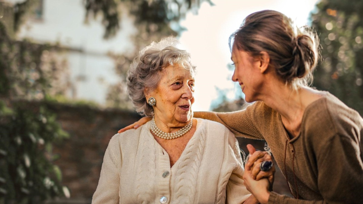 How Seniors Can Make the Most of a Tight Budget