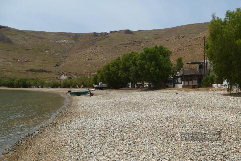 Plaża w Koutalas na Serifos na Cykladach