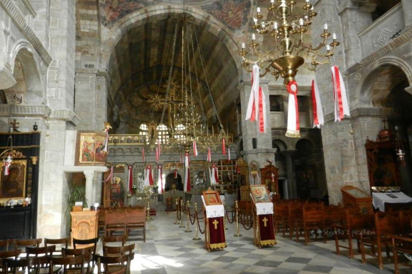 Wnętrze katedry w Parikia na Cykladach