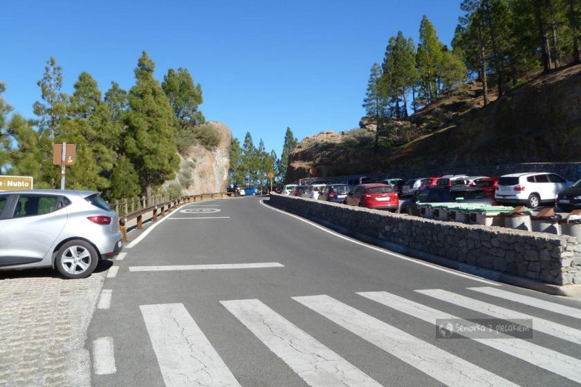 Parking przy szlaku na Roque Nublo
