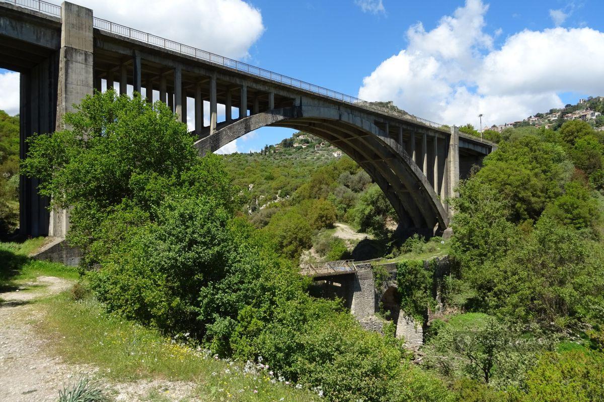 Zakamarki Peloponezu: górskie wioski i inne ciekawostki