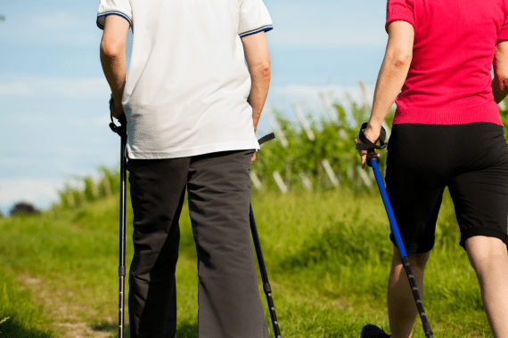 Walking-for-seniors-can-help-protect-aging-brain
