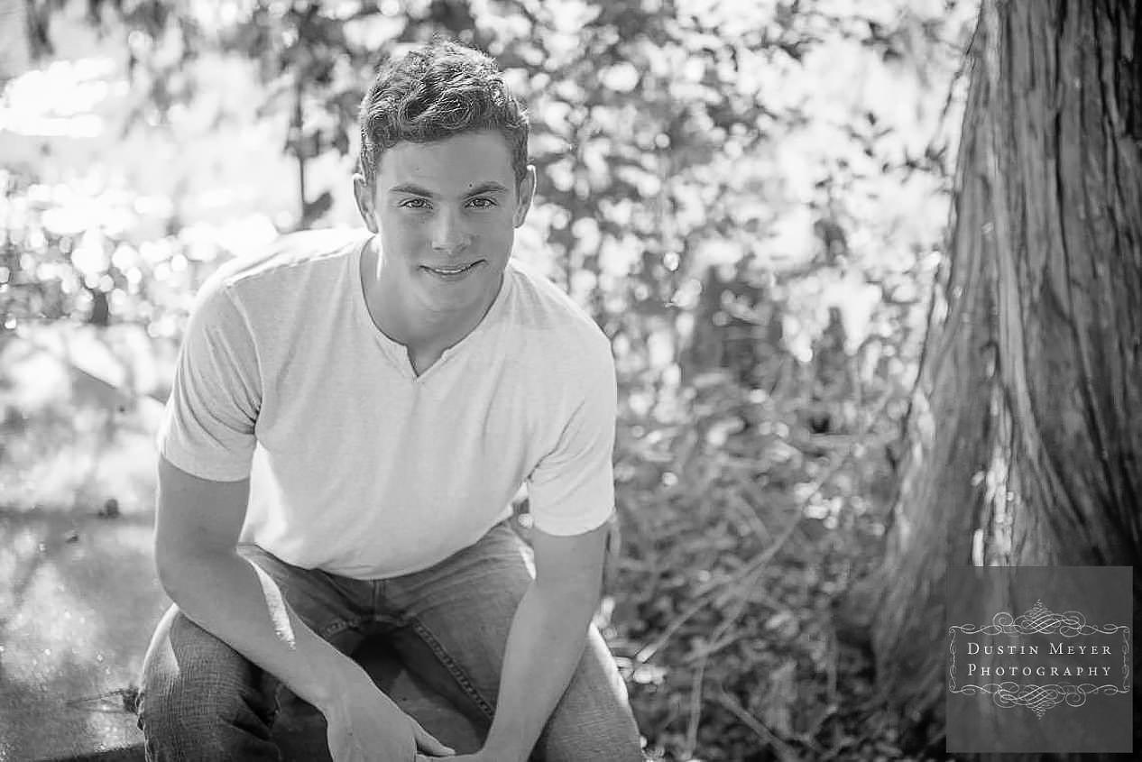 austin senior photos, black and white, male, high school, portraits