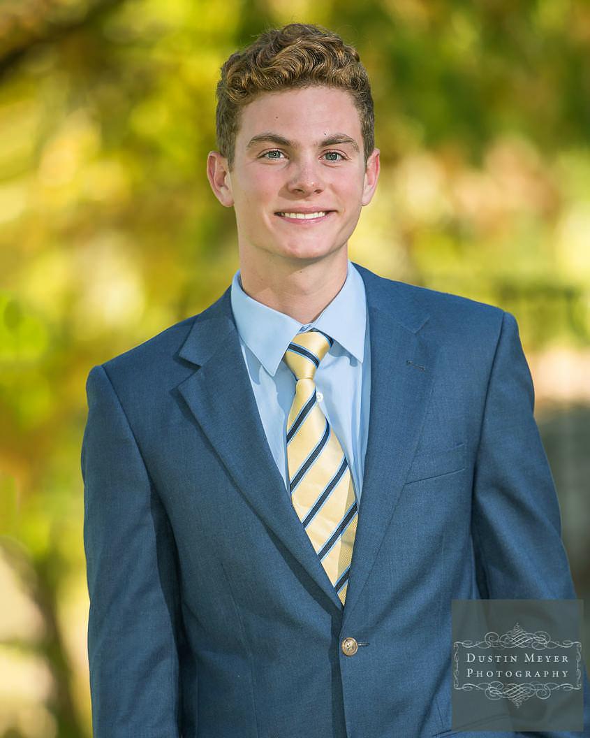 austin senior photos, male, high school, portraits, outdoors, natural, suit and tie