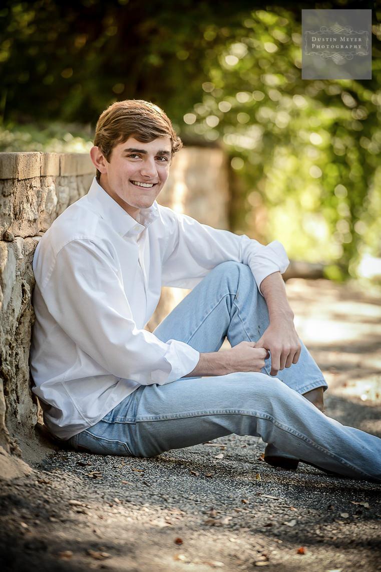senior portraits guys ideas jeans outdoors natural