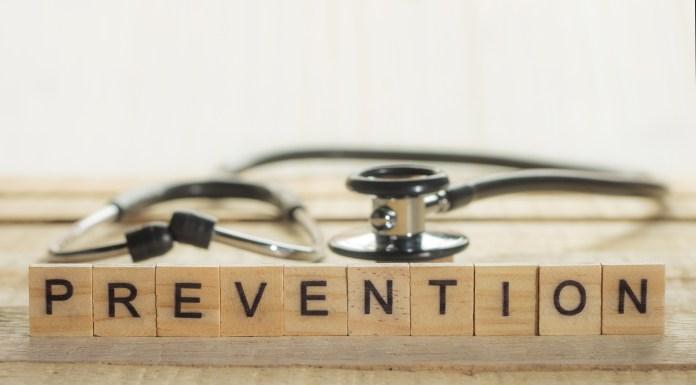 Seniors Lifestyle Magazine Talks To Osteoporis Risk Factors and Prevention