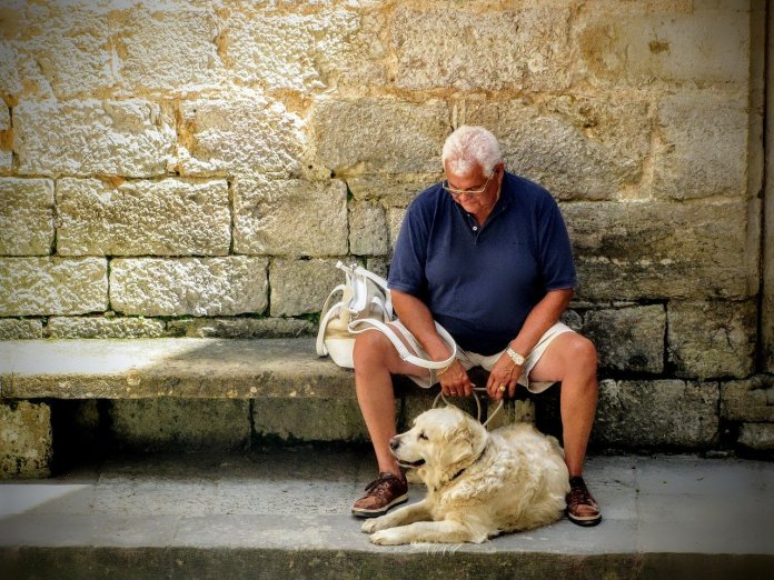 Seniors Lifestyle Magazine Talks To The Magic Of Having A Pet For Seniors