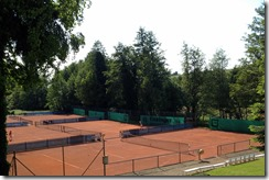 Country Club Courts