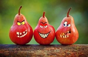 pears, faces, grimassen