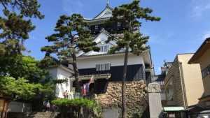 岡崎城の天守閣