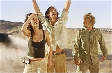 Penelope Cruz, Matthew McConaughey, Steve Zahn in 'Sahara' (c) paramount