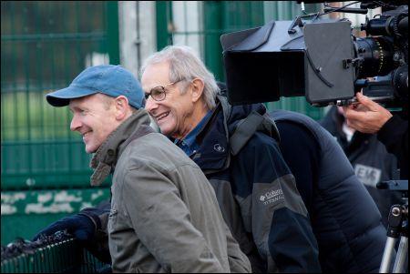 Paul Laverty (links) und Ken Loach bei den Dreharbeiten zu 'Route Irish'