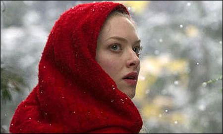 Amanda Seyfried in 'Red Riding Hood' von Catherine Hardwicke ©warner bros