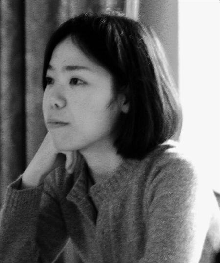 August mieko-azuma