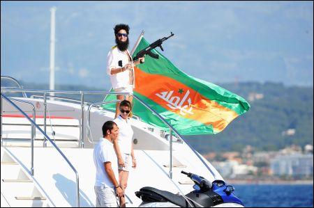 General Admiral Aladeen von Waadeeya vor Cannes ©upi(schweiz)