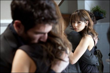 Quim Gutiérrez und Martina García in 'la cara oculta' ©praesens