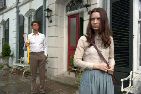 Matthew Goode, Mia Wasikowska © fox searchlight