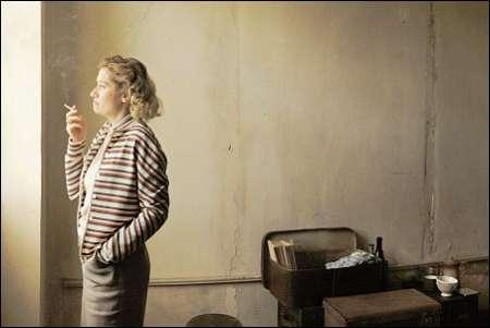 Violette Leduc (Emmanuelle Devos) © Xenix