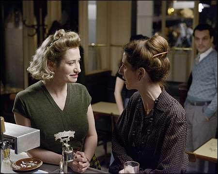 Violette Leduc (Emmanuelle Devos) und Simone de Beauvoir (Sandrine Kiberlain) © Xenix