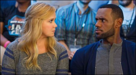 Amy Schumer, LeBron James © Universal Pictures