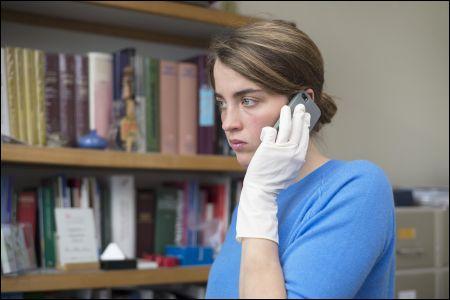 Adèle Haenel ist die Ärztin Jenny Davin in 'La fille inconnue' © Xenix