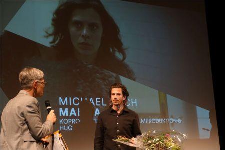 Moderatorin Karin Salm und Preisträger Michael Koch © sennhauser