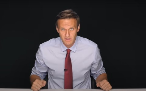Мнение: Если Навальный вернётся в Россию, то сразу же сядет в тюрьму