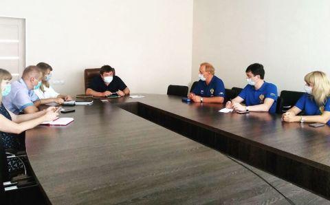 Специалисты ФМБА приступили к лечению ковидных пациентов в Крыму