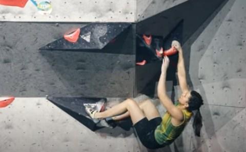 Мешкова победила в ЧЕ по скалолазанию в дисциплине «трудность»