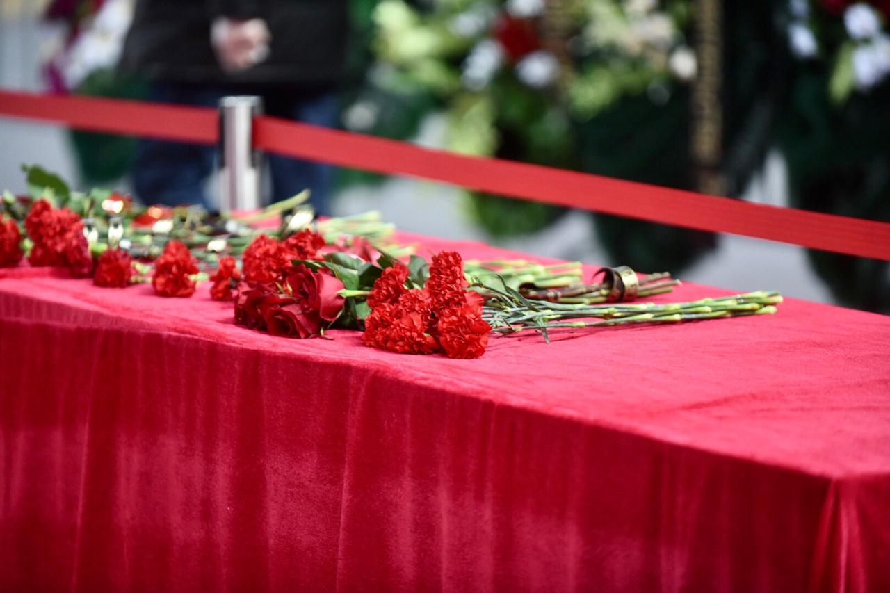В Улан-Удэ простились с первым президентом Бурятии